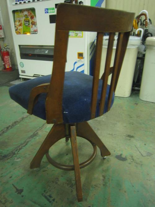 椅子生地の張り替え_c0103137_1015428.jpg