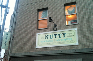 NUTTY NEWS!_e0148852_18134878.jpg