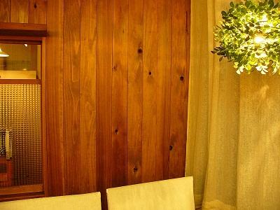 木の壁_f0203164_2031797.jpg