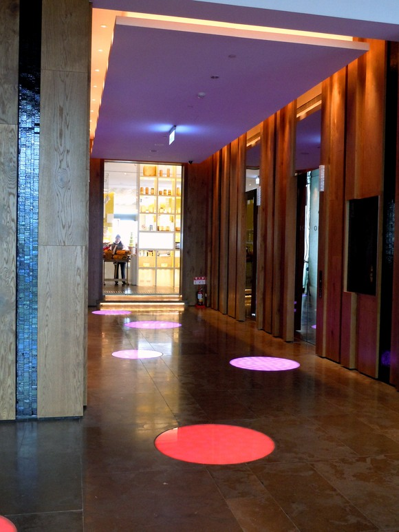 アートなホテル_c0157866_16577.jpg