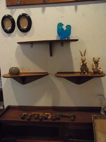 teak wall shelf_c0139773_18193063.jpg