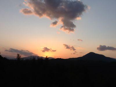 高崎山 春の夕日_c0177195_18272032.jpg