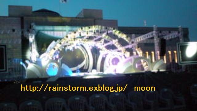 RAINいよいよ!本日の会場の様子が送られてきました_c0047605_8185497.jpg