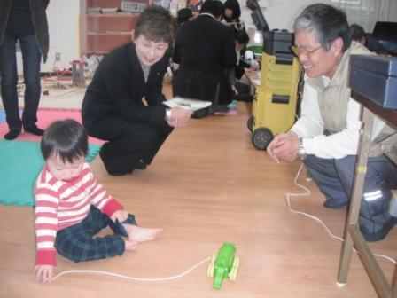 2012.03.24    おもちゃ病院開設式_f0142009_11395132.jpg