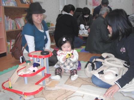 2012.03.24    おもちゃ病院開設式_f0142009_1143257.jpg