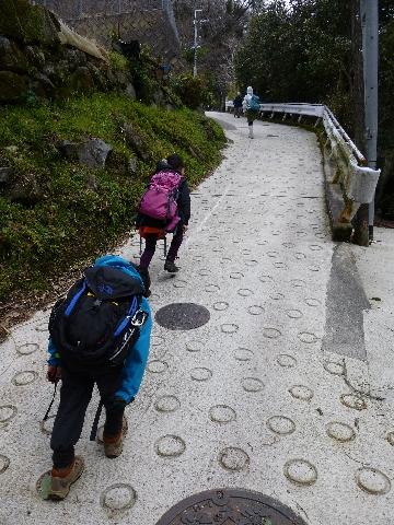 生駒山へ_c0113733_1291469.jpg