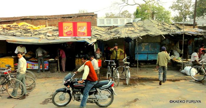 インド旅行記 22 ジャンスィーへ_a0092659_19435364.jpg