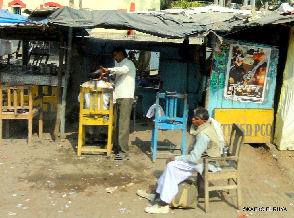 インド旅行記 22 ジャンスィーへ_a0092659_2332487.jpg