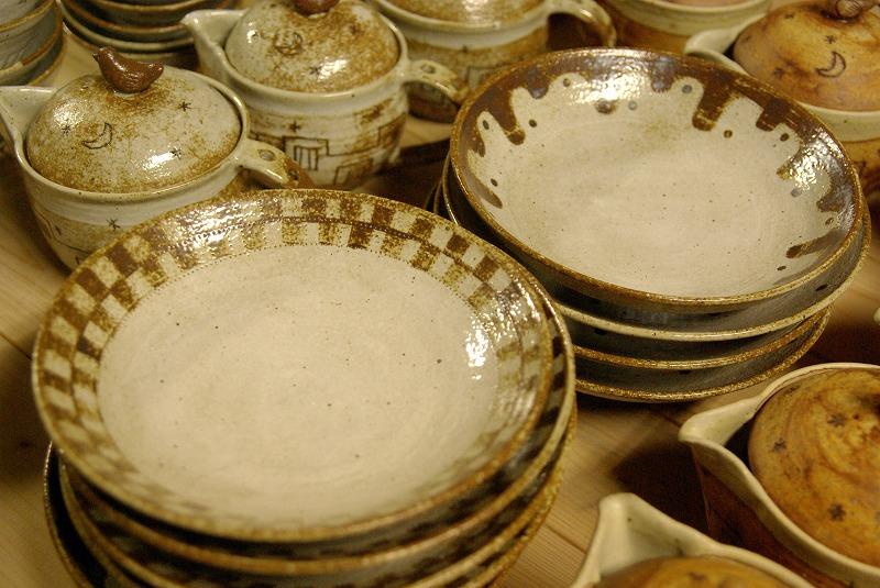 新作のお皿など。_a0107184_9212724.jpg