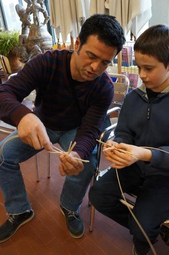 籠作り_f0106597_4552560.jpg