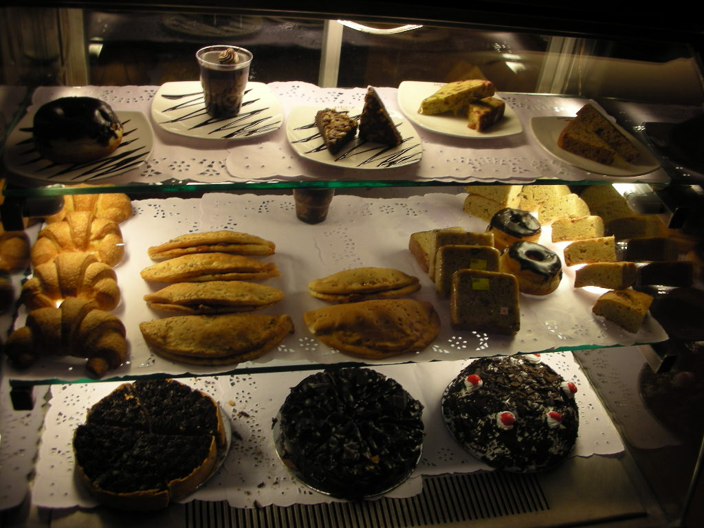 インドのお菓子 その2_d0228610_13362976.jpg