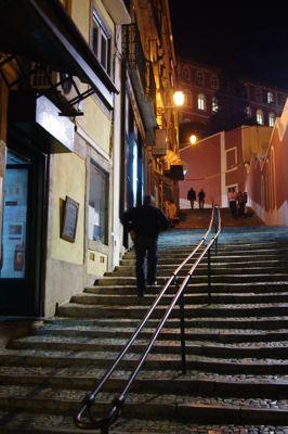 リスボンの旅 その2〜夜も美しい街_e0114020_5505429.jpg