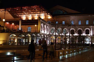 リスボンの旅 その2〜夜も美しい街_e0114020_5514632.jpg