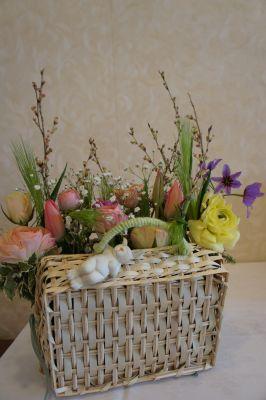 バスケットを作って春アレンジ_f0155431_213312.jpg