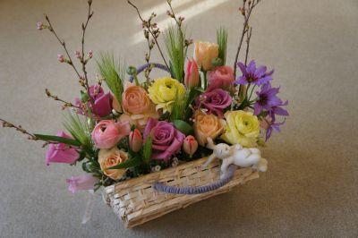 バスケットを作って春アレンジ_f0155431_21344032.jpg