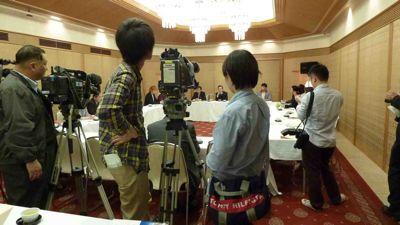 坂本龍馬財団 記者発表_f0088456_1121827.jpg