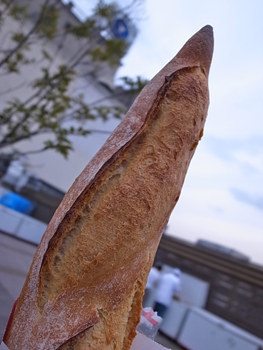 グルメ祭よりもパン! デパ屋上ピクニック_e0197587_23365541.jpg