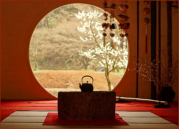 北鎌倉 明月院の丸窓_b0145398_2341455.jpg