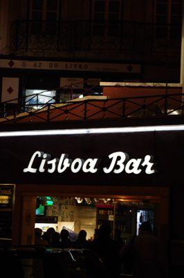 リスボンの旅 その2〜夜も美しい街_e0114020_146513.jpg