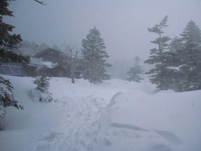 3月の山小屋滞在_e0155231_16142311.jpg