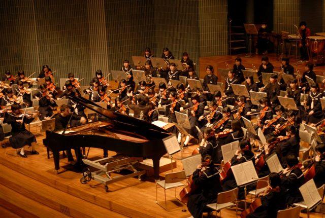 パノス・カランー東日本大震災復興支援ピアノリサイタル_a0074540_11283643.jpg