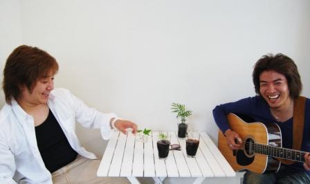 今夜は 朝日サリー表紙の二人 「涼風」LIVEです!_d0115919_4482195.jpg