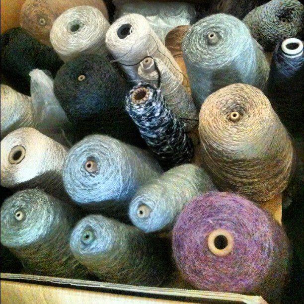 被災地支援PJ 福島県相馬市【編み物プロジェクト】 毛糸の支援物資が届きました!_b0076951_82283.jpg