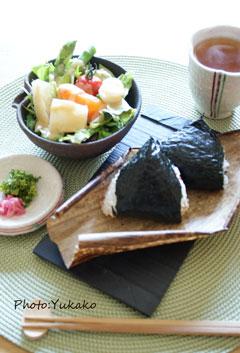晴れた日のお昼ご飯@マウアデリカテッセン_b0065587_20335940.jpg