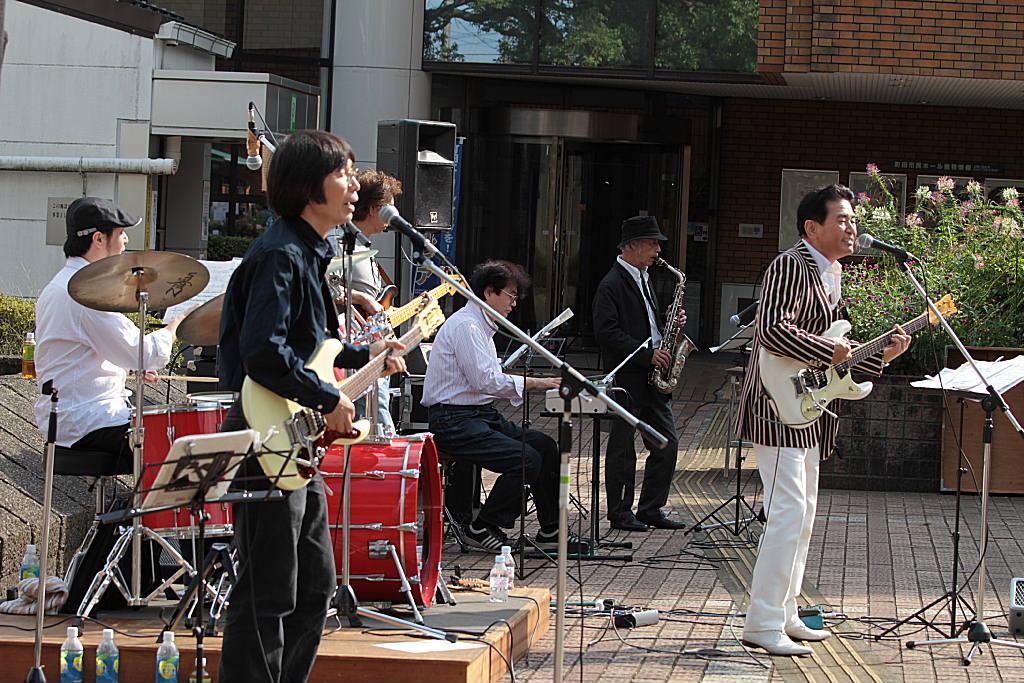そよ風コンサート in 吉野町市民プラザ_e0119092_1049141.jpg