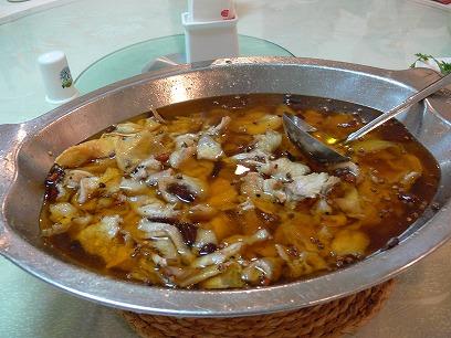 中国出張2010年11月(III)-第二日目-北京の人気の辛い辛い水煮魚_c0153302_22384176.jpg