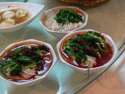 中国出張2010年11月(III)-第二日目-北京の人気の辛い辛い水煮魚_c0153302_22435736.jpg