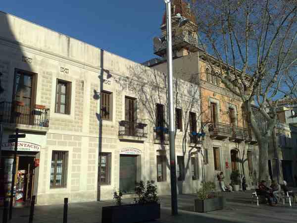 古い建物の修復_b0064411_6312140.jpg