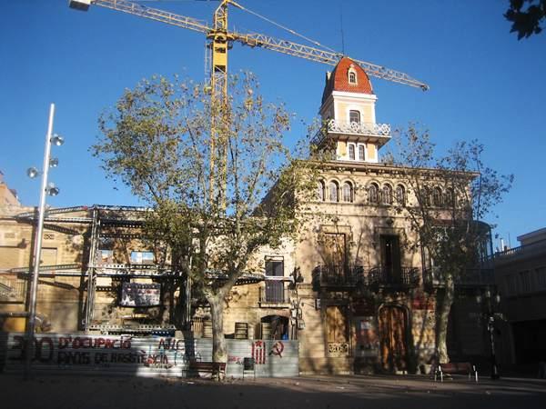 古い建物の修復_b0064411_682243.jpg