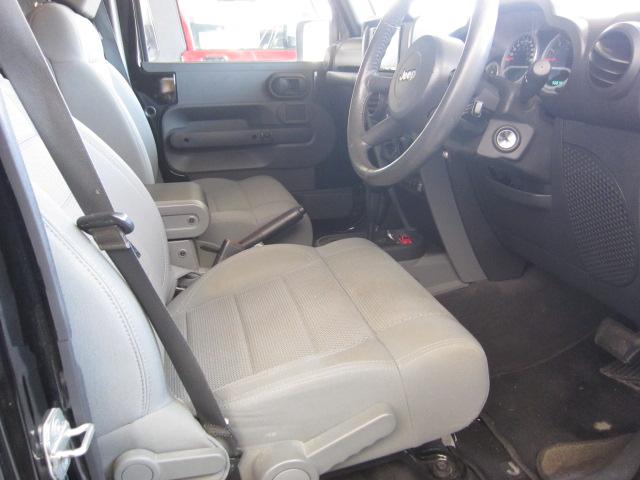 JK ラングラー 室内シートカーバー取り付け、 サイドマーカー加工取り付け_b0123820_1212249.jpg