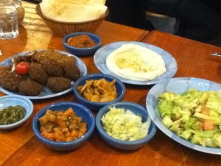 異文化を知るにはまず食文化から_d0246243_1282359.jpg