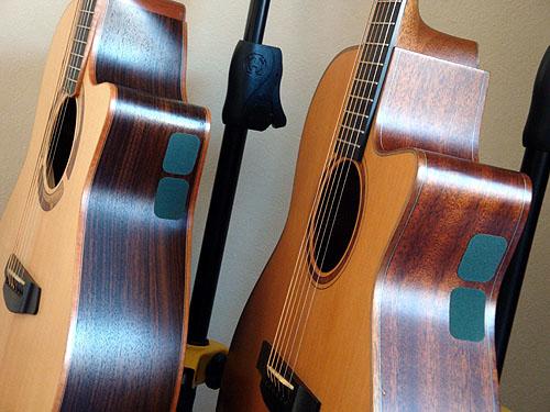 これはお勧め!ギターにも使える「滑り止めシール」_c0137404_22112585.jpg