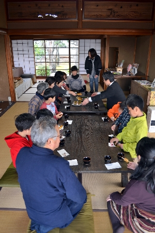 お掃除&論語の素読の会!_c0110117_1353971.jpg
