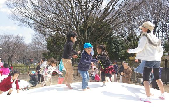 小金井公園、桜はまだまだ_a0186568_2119418.jpg