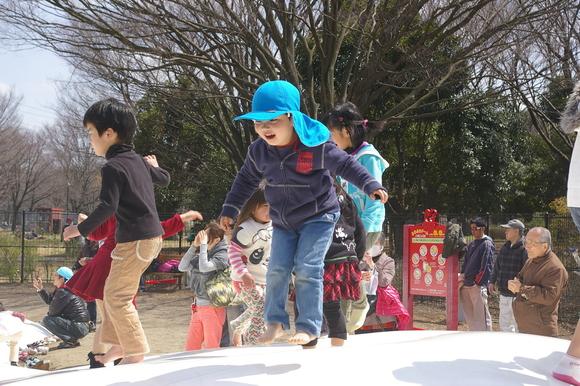 小金井公園、桜はまだまだ_a0186568_21201140.jpg