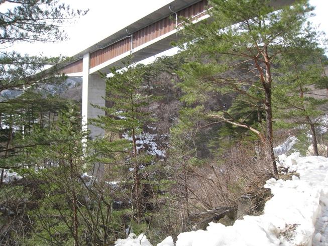 湧水の里の風景⑨~大笹生トンネル②_a0087378_5423962.jpg