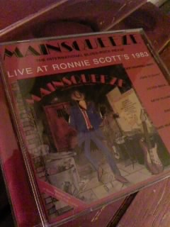 Mainsqueeze 【LIVE AT RONNIE SCOTT\'S 1983】_b0249084_2371085.jpg