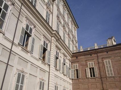 キノコのサラダ ☆ パラッツォ レアーレ Palazzo Reale_b0246303_2412012.jpg