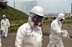 放射性物質を食った男たち!:「自ら死を体現した人々」_e0171614_1853528.jpg