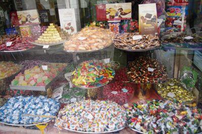 リスボンの旅 その5〜素朴なポルトガルのお菓子たち_e0114020_17573635.jpg