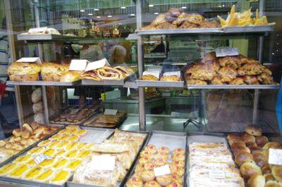リスボンの旅 その5〜素朴なポルトガルのお菓子たち_e0114020_17581430.jpg
