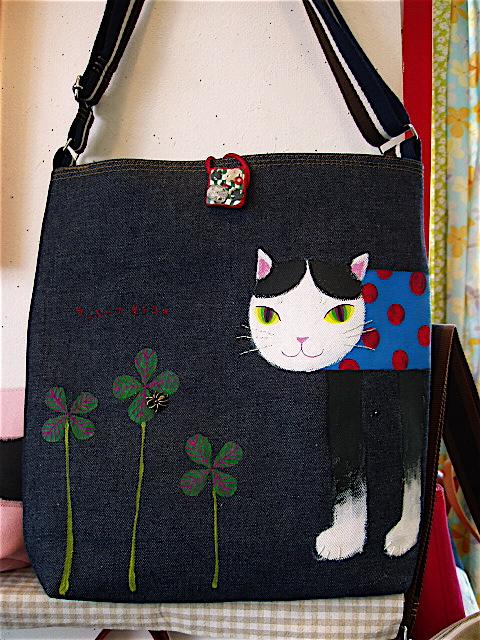 NoriQuet. 移動カバン店 2012 猫の人生_c0127428_15261045.jpg
