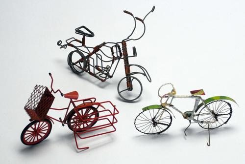 自転車の 自転車 値段の違い : ミニカーと違い涼しげでイイ ...