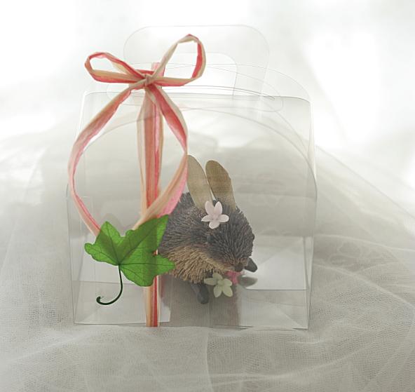ウサギ@席次表 出席してくれるお子様たちへのプレゼント _a0042928_23155774.jpg
