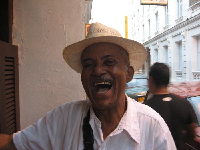Smile for Japan,from Oriente de Cuba 3_a0103940_10312577.jpg