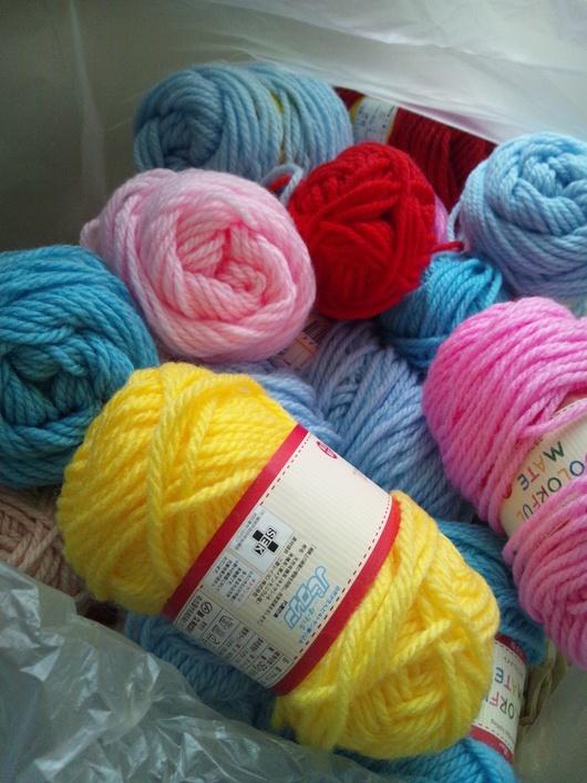 被災地支援PJ 福島県相馬市【編み物プロジェクト】 毛糸の支援物資が届きました!_b0076951_10554841.jpg